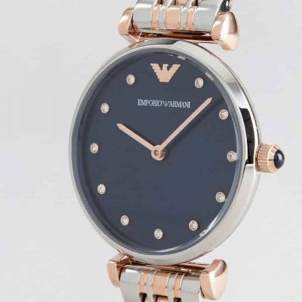 Emporio Armani AR11092 has silver and rose-gold links, stainless steel bracelet purple dial. Stylish and in fashion.